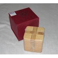 Головоломка Деревянный Кубик в коробочке